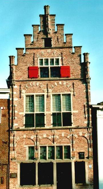 De oorsprong van de trapgevel - De mooiste gevels van huizen ...